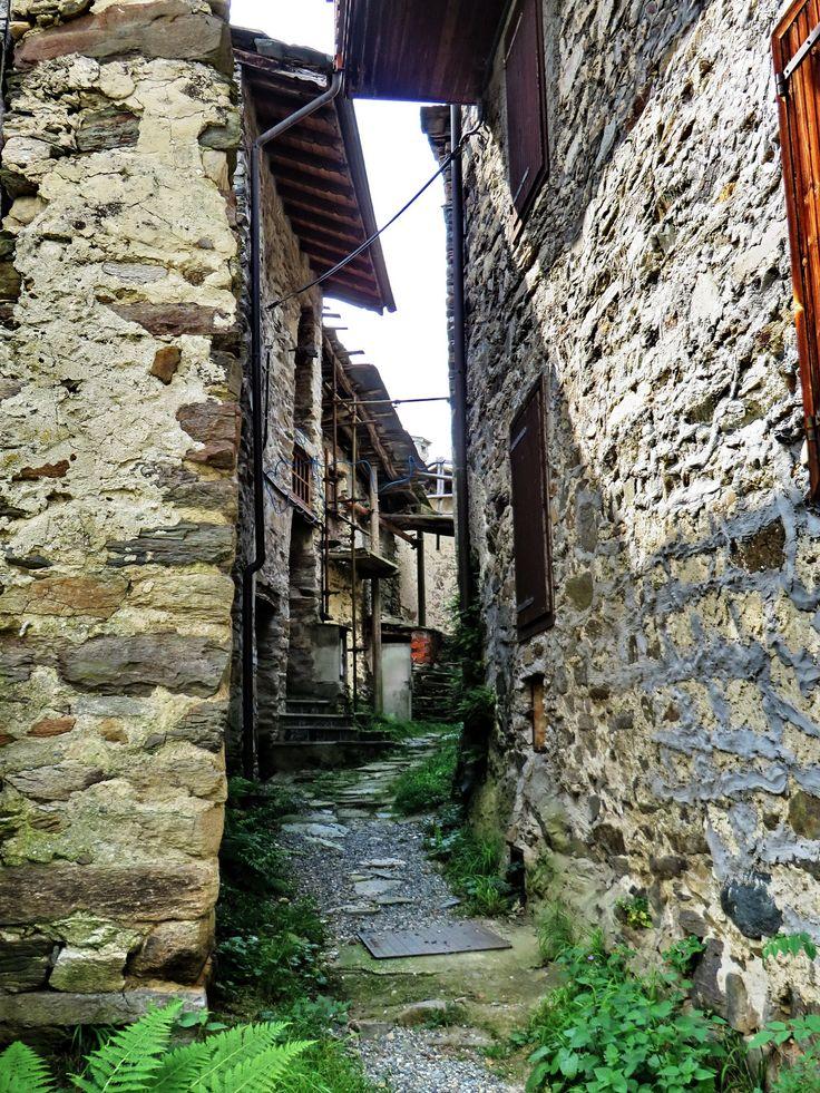 MONASTERO - fraz. Cresto - VALLI DI LANZO - (Piemonte) - by Guido Tosatto