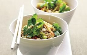 Asian Market Noodles  another that Ive made & is healthy & yum! Only 340 cal per serve
