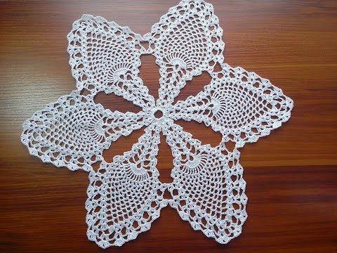 Carpeta en crochet con hilo de algodón número 10 y gancho delgado.