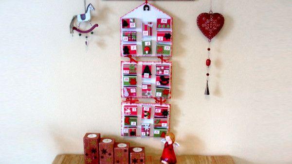 Doma vytvořený adventní kalendář vydrží několik let a děti budou mít radost nejen z dárečků v něm schovaných, ale i ze samotného tvoření.