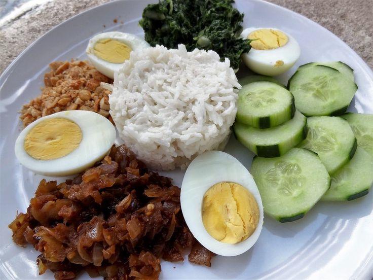 Nasi lemak (Malaisie) – Riz à la noix de coco