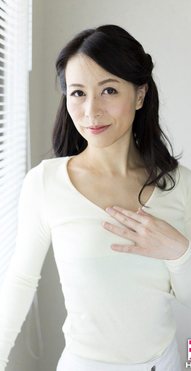 井上綾子 無修正画像 40代後半なのに美しい!井上綾子の画像   有料アダルトサイト ...