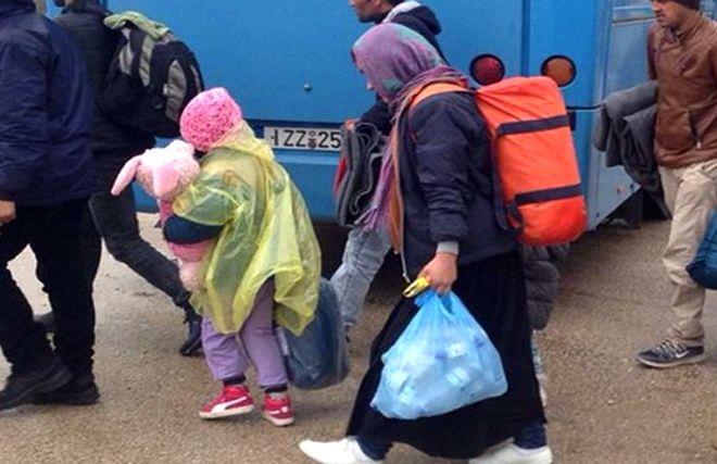 Για τη λεγόμενη «διαφύλαξη των τουριστικών ζωνών από τη διαχείριση του προσφυγικού»