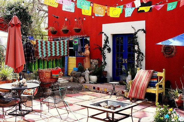 colorful patio!