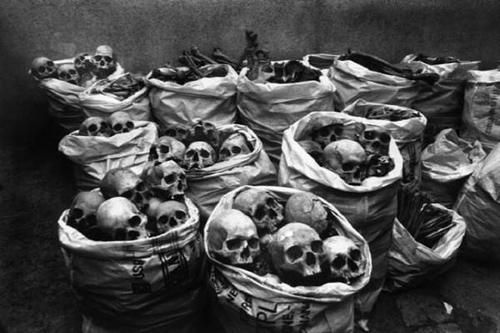 """""""...wonder how many ghosts roam around that room."""" Our next item is a bag of skulls, only a few are left so start your bids..."""" ~:^0"""