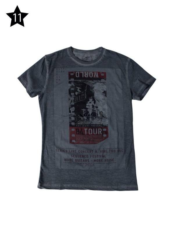 """US FASHION STORE - T-Shirt """"Gas"""" grigia antracite stampata e delavata."""