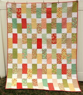 Moda Bake Shop: Easy Strawberry Fields Bricks Quilt  #modafabrics #modabakeshop #lovepinwin