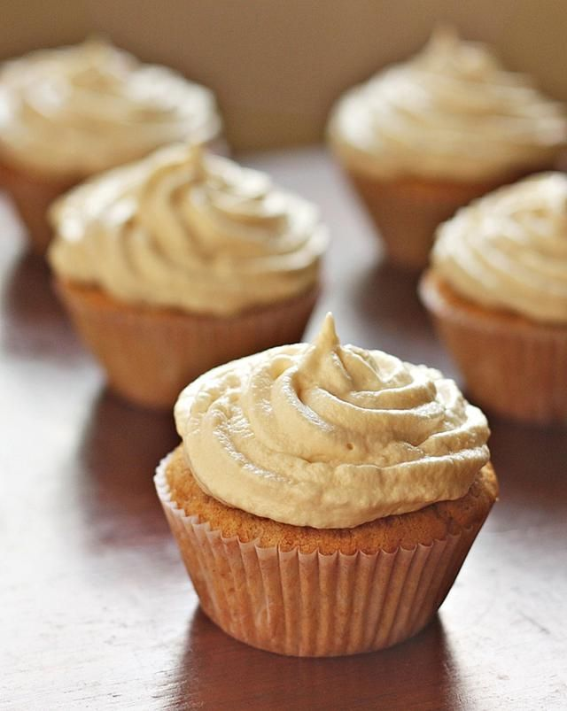The Rice Is Nice With Horchata Cupcakes: Horchata Cupcakes