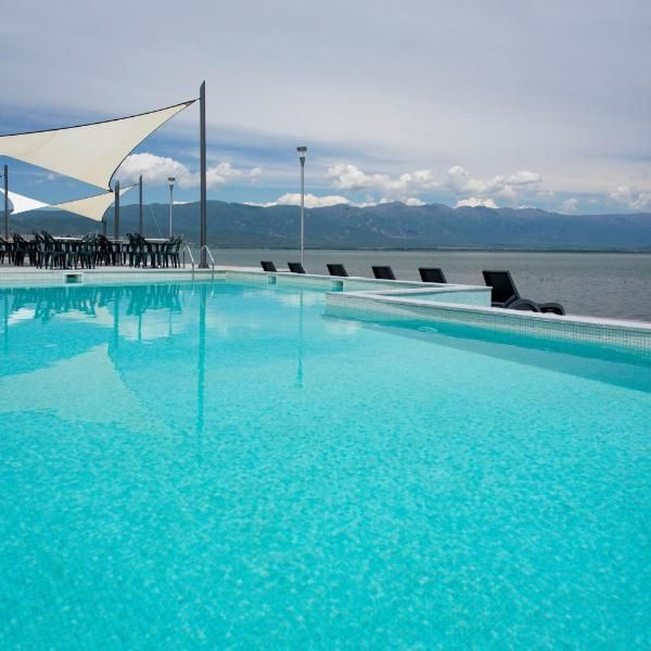 Romantique Dojran Hotel Located Directly At The Shore Of The
