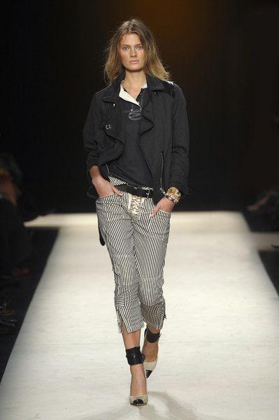 Isabel Marant at Paris Fashion Week Spring 2011 - Runway Photos