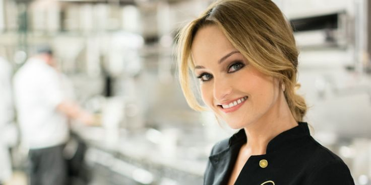 Giada De Laurentiis Moving On After Divorce; Spotted Having Steamy Make-Out With A Mystery Guy - http://www.movienewsguide.com/giada-de-laurentiis-moving-divorce-spotted-steamy-make-mystery-guy/82391