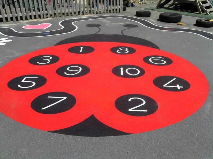 storybookmurals.co.uk Devon Artist Creating Murals, Watercolours, Oil Paintings, Drawings, Designs, Childrens Fantasy, Dragons and fun! - Playground Paintings