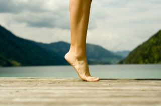 How to Strengthen Your (Bare, Flat) Feet