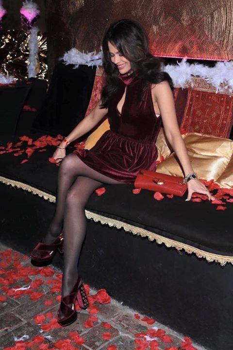 Magazyn Moda & Styl i Valentine's Show❤️ SukienkaMARLU TorebkaMiu Miu ButyPINKO BizuteriaBiżuteria Thomas