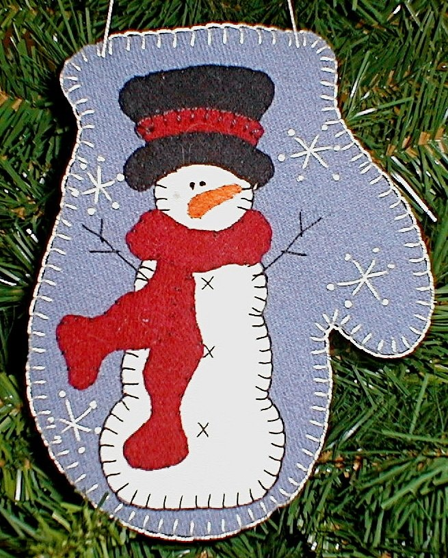 DIY:  SnowFrost Mitten Ornament....free pattern and instructions