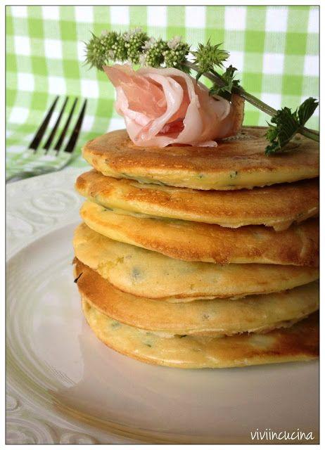Vivi in cucina: Blinis di ricotta zucchine e menta con pancetta