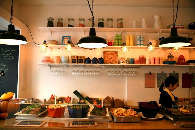 Restaurant Ma Kitchen, 85, rue d'Hauteville Paris 75010. Envie : Coréen, Bagels / Sandwichs, Lèche-doigts, Asiatique. Les plus : Ouvert le lundi, T...
