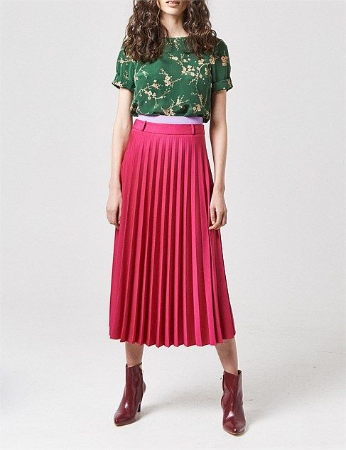 fe0f6bb167 Shop our range of Women s Skirts on Sale. Shop our fantastic collection  from premium brands