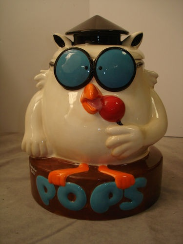 "Tootsie Roll Owl....""how many licks does it take to get to the center of a tootsie pop?"""