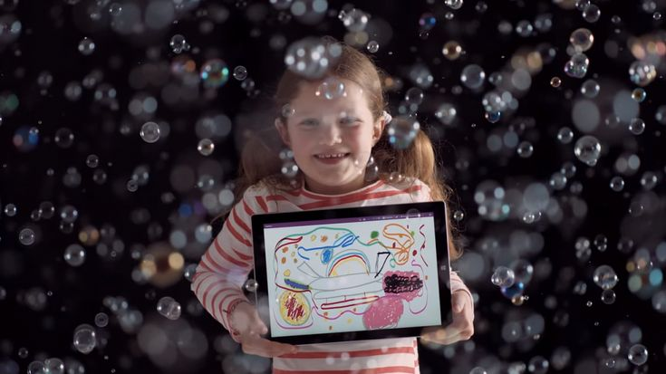 「味付きシャボン玉を作りたい!」少女の夢が現実になるまでを描く、Microsoftのショートフィルム   AdGang