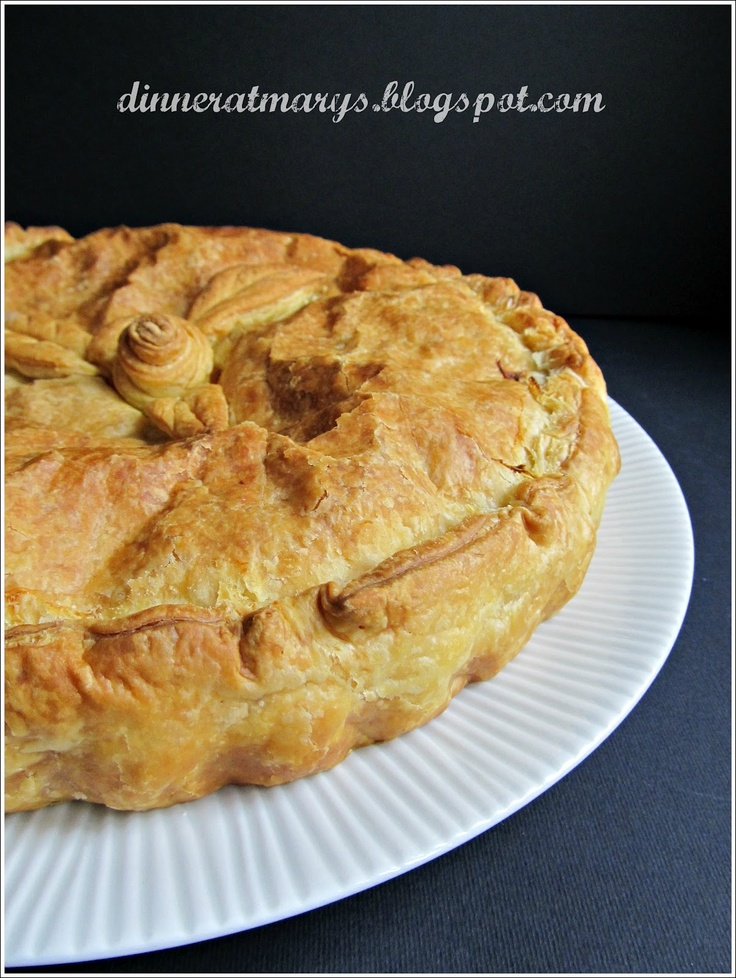Artchoke sausage pie