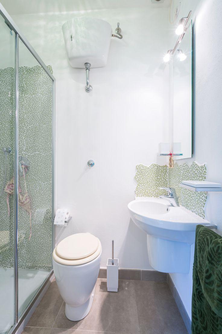 Private bathroom guests bedroom