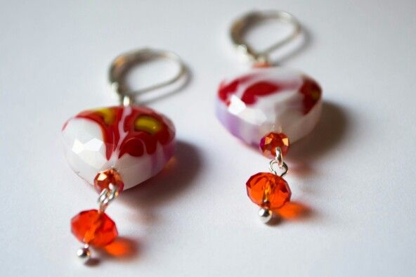 Earring Handcrafted made by glass beads with crystal