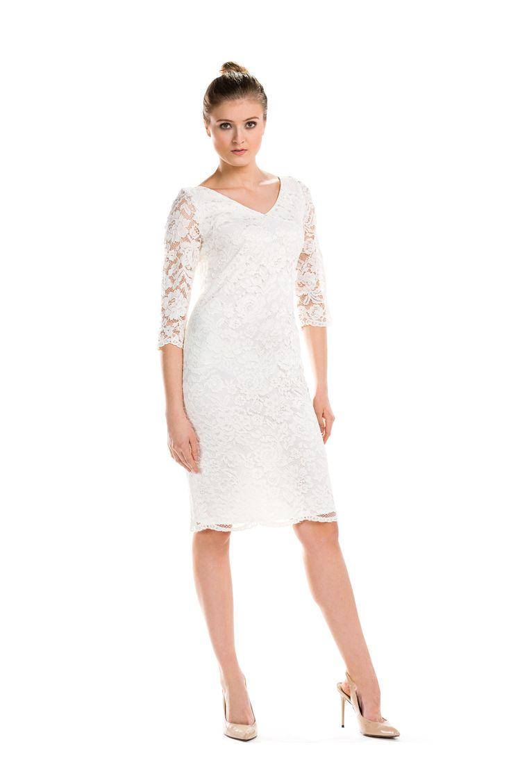 Romantyczna sukienka z białej koronki. Romantic white lace dress.