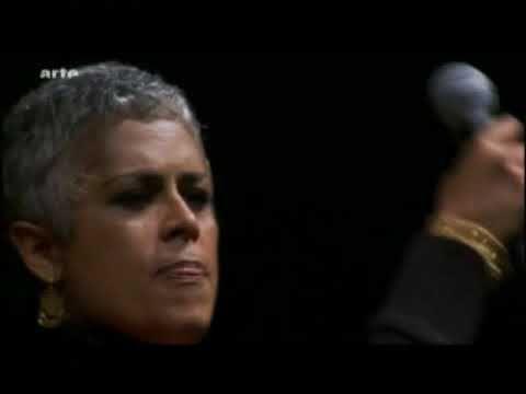 Eugenia León - La Paloma - en vivo 15.09.06 - YouTube