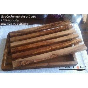 #Brotschneidebrett mit #Krümelfach aus #Olivenholz #Holz