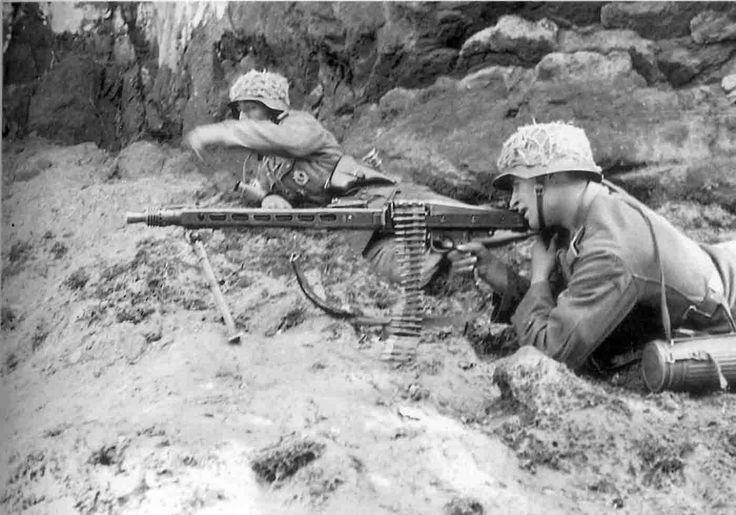 d-day german machine gunner