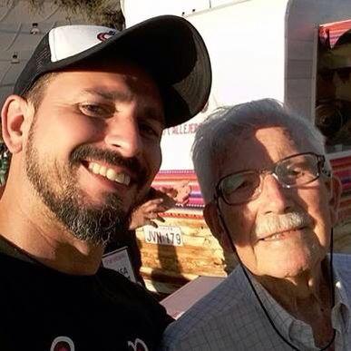 Claudio, nuestro Chef estrella con su Tata #carretillerodecorazon
