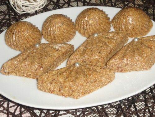 Gateau de semoule aux raisins sans cuisson au four