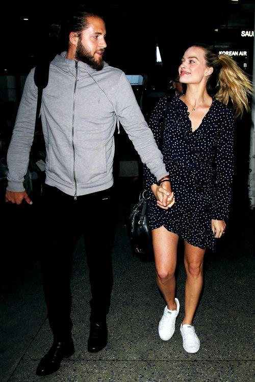 """suicidesquadsource: """""""" Margot Robbie and husband Tom Ackerley arrive at LAX on January 2nd, 2017 """" """""""