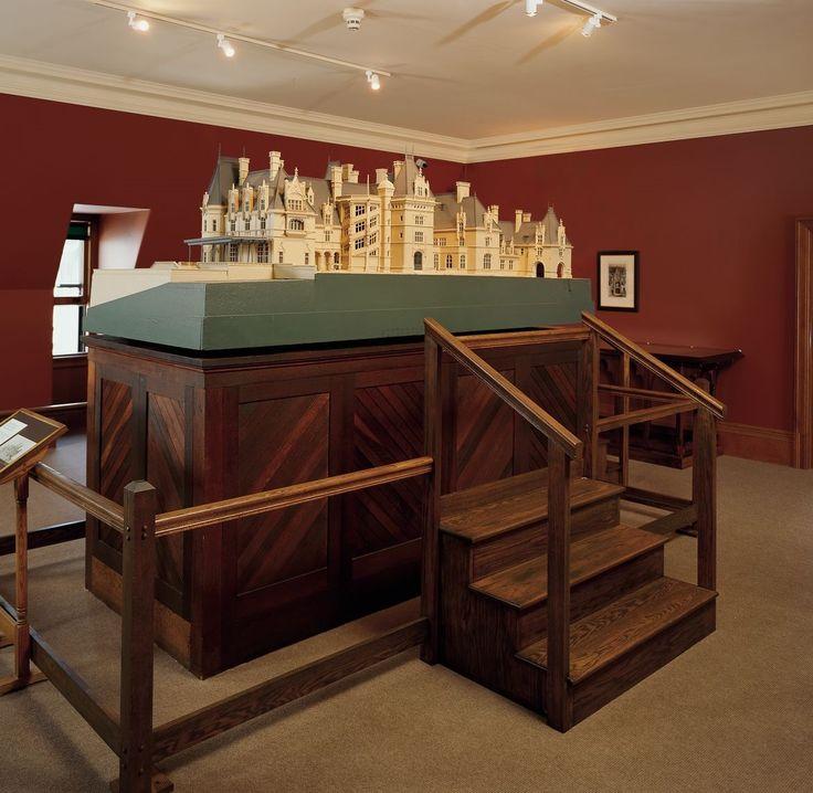 Asheville Model Home Interior Design 1264f: 16 Best BILTMORE ESTATE GRAND STAIRCASE Images On