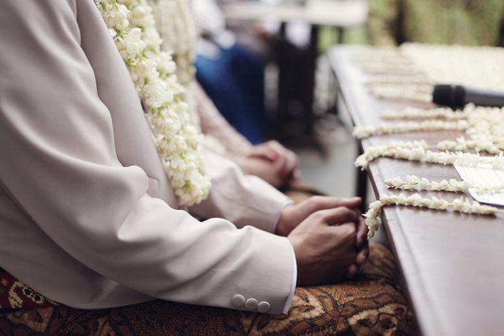 Javanese wedding at Rumah Sarwono, Jakarta - www.thebridedept.com