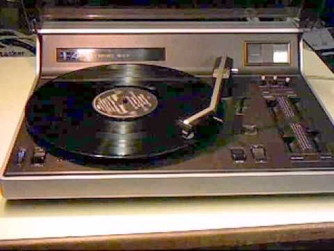 Philips Stereo 907 in paradise..