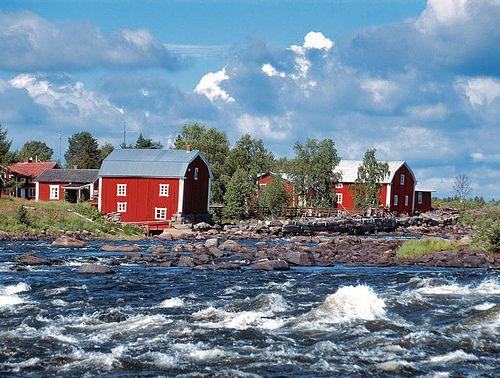 Finland,Tornio. Tämä näkymä on Torniosta. Kuvassa on tuulinen-aurinkoinen sää. Kirjoittanut: Jami ja Nella