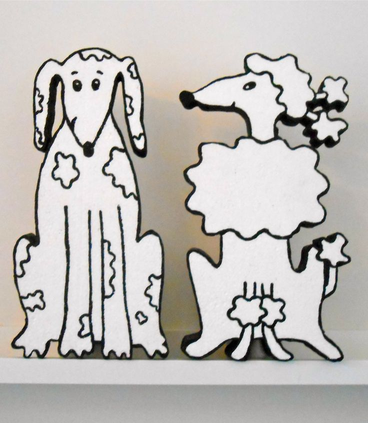 Polystyrene dogs made by me. Order one on my website: http://www.fijnekunst.nl/FijneKunstsite/piepschuim.html