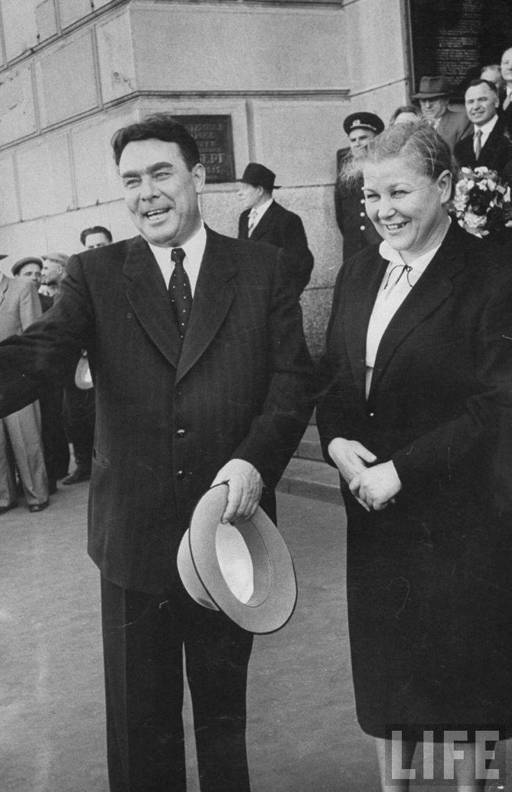 Югославия - Советский Союз. 1955-1956. Первые встречи после развода - Записки скучного человека