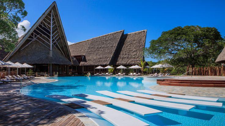 Sheraton New Caledonia Deva Spa and Golf Resort - swimming pool