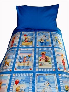 Stunning children at the beach panel design cot/toddler bed duvet and pillow case set. For only R350