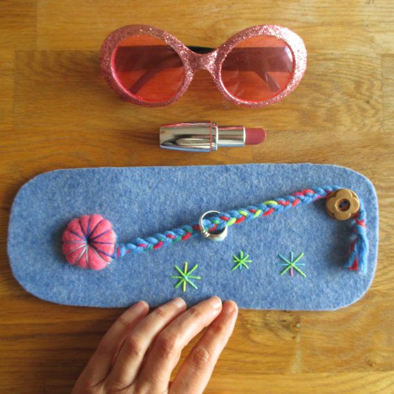 Unique gift for Teens, Felted Rings Organizer, Needle Felted Jewels Case handmade by #ClaudiaNanniFineArt on Etsy #rings #organizer #felt