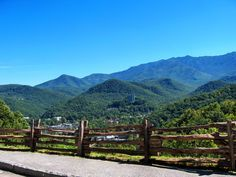 Talk about a beautiful view! This is a gorgeous view and one that people can never get tired of. #Gatlinburg