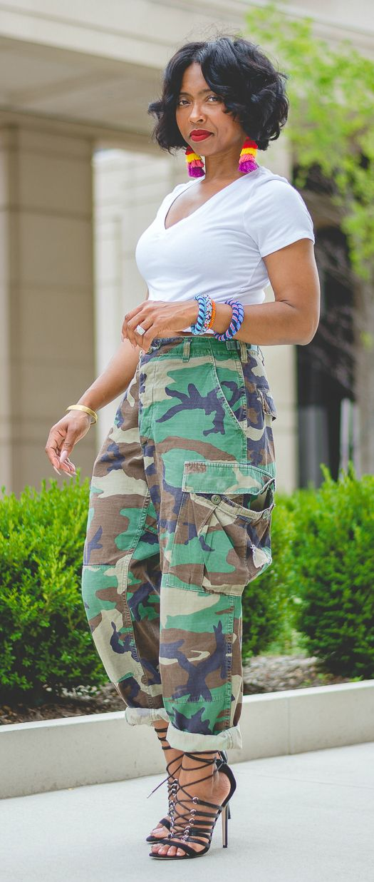 Camo pants, White V Neck,  Camo outfit ideas,Tassel earrings, Camouflage, Summer Outfit Idea, Sweenee Styel, Indianapolis Style Blog, camo pants outfit