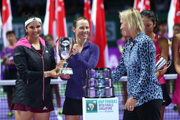 Cara Black Photos: BNP Paribas WTA Finals: Singapore 2014 - Day Seven