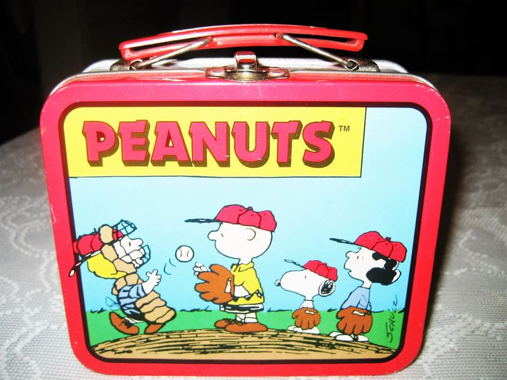 Peanuts Lunch Box, Mini Metal Lunch Box with Cartoon Comic Strips: Snoopy, Charlie Brown, Lucy, Linus, Baseball Theme by PearlsVintagebyPam on Etsy https://www.etsy.com/listing/457192024/peanuts-lunch-box-mini-metal-lunch-box