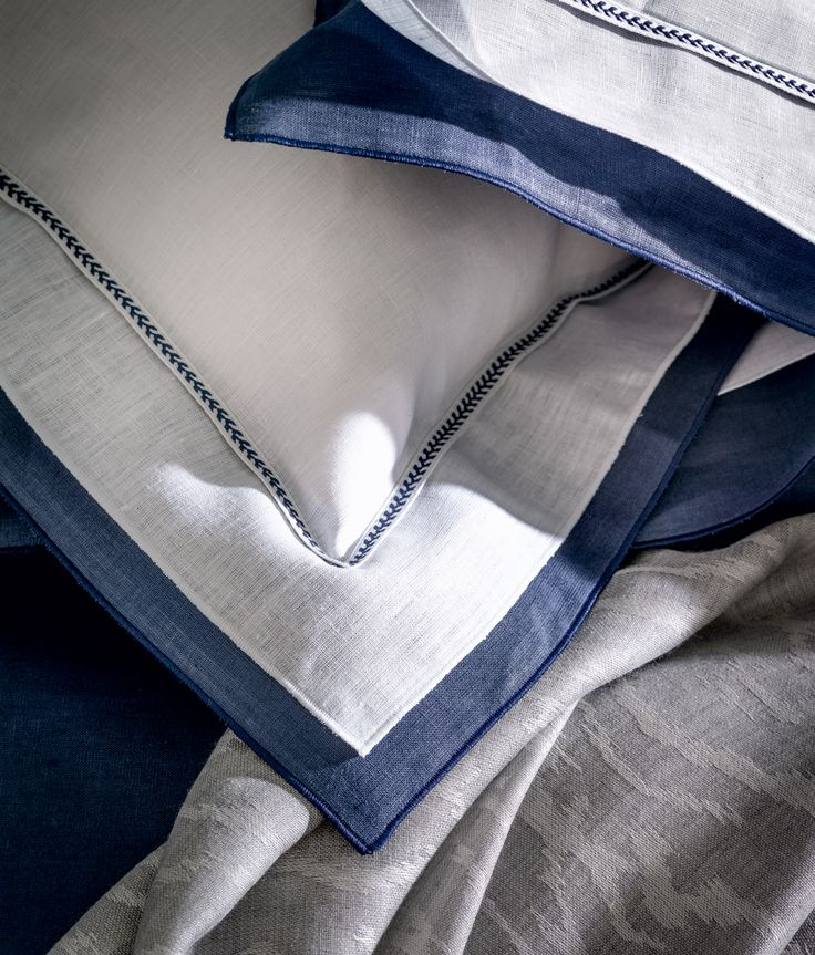 les 36 meilleures images du tableau alexandre turpault. Black Bedroom Furniture Sets. Home Design Ideas