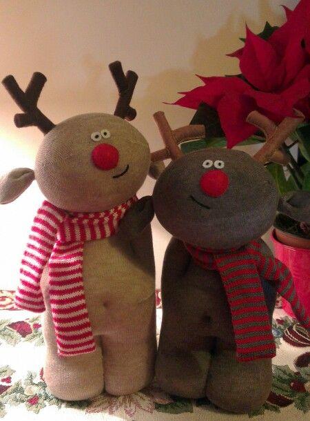 Sock sculpture reindeer by Sockbellies.
