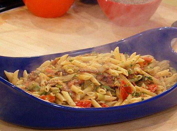 Best 25 rachel ray ideas on pinterest rachel ray recipes pasta creamy blt pasta rachael raywe really enjoyed this one ccuart Choice Image